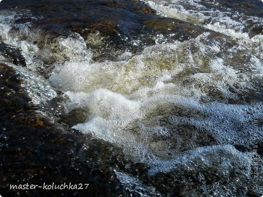 правда красота? угадайте где это Вы? а я знаю!в Норвегии! это маленький водопадик.но он не такой и уж и маленький!очень длинный.. фото 4