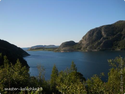 правда красота? угадайте где это Вы? а я знаю!в Норвегии! это маленький водопадик.но он не такой и уж и маленький!очень длинный.. фото 16