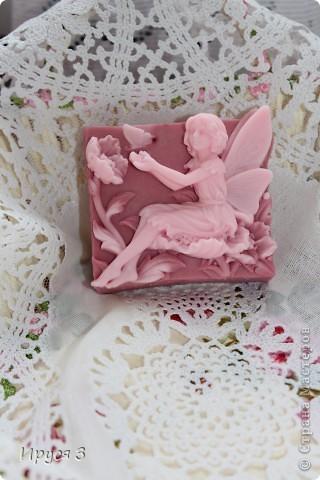 Мыло сварила из основы , добавила хлопковое масло  и аромат цветущей сакуры -)))  фото 4