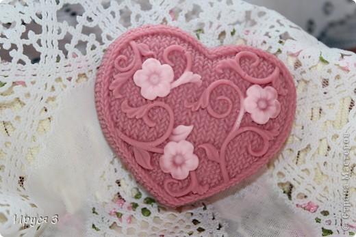 Мыло сварила из основы , добавила хлопковое масло  и аромат цветущей сакуры -)))  фото 8