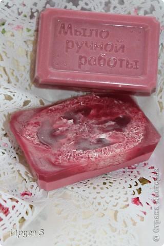 Мыло сварила из основы , добавила хлопковое масло  и аромат цветущей сакуры -)))  фото 11