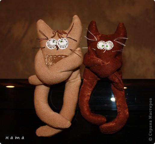 Женихов то на котовасию приехало!!!  http://stranamasterov.ru/node/381482 А девчонок нет... А природа, она ж равновесие любит - вот, встречайте, две сестрички, две подружки киска Анфиска и киска Лариска фото 2
