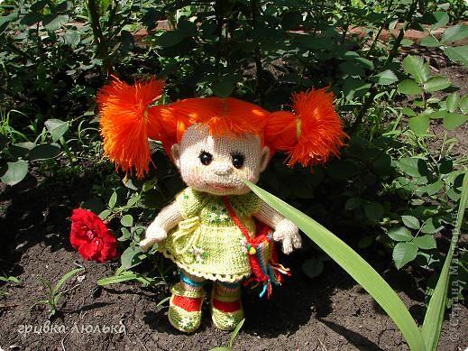 Подружка попросила куколку с длинными волосиками,в результате связалась такая девочка ,Пеппилоточка. фото 2