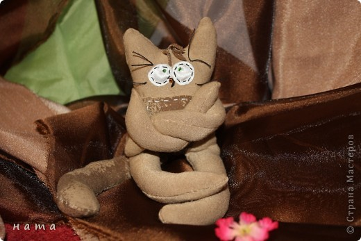 Женихов то на котовасию приехало!!!  http://stranamasterov.ru/node/381482 А девчонок нет... А природа, она ж равновесие любит - вот, встречайте, две сестрички, две подружки киска Анфиска и киска Лариска фото 8