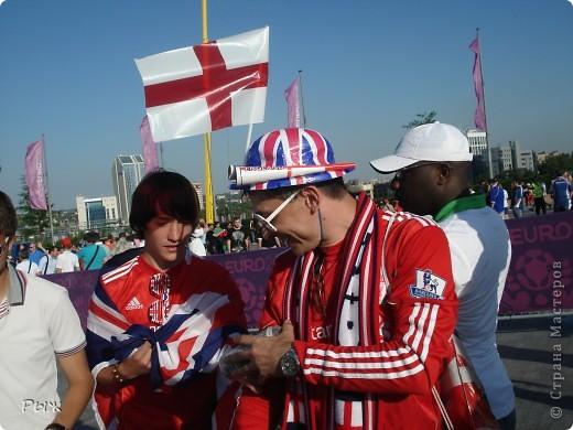 С них-то всё и началось.Билеты на первую игру в Донецке:Франция-Англия-1:1 фото 7