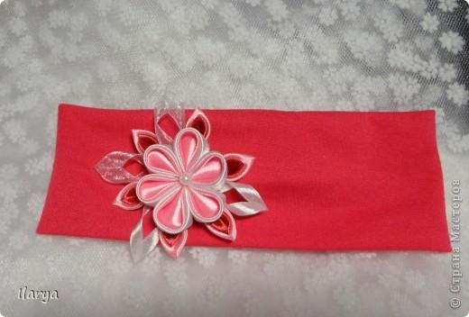 Самая простая, быстрая и красивая рукодельная вещь хоть для своей пока еще лысенькой принцессы, хоть в подарок- повязочки. Разного фасона , цвета, в разных техниках. Наша первая повязочка, связанная из ириса, на пол-годика: фото 12