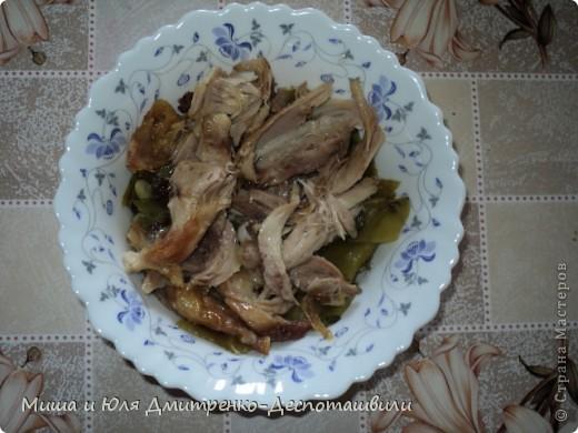 Здравствуйте все, кого не испугало замысловатое название блюда! Правильно поступили, что зашли! Потому что все, как всегда у нас ОЧЕНЬ ПРОСТО И ДОСТУПНО! Сегодня мы познакомим вас с очередным грузинским блюдом.  Сначала разберемся с названием. Борани - это кулинарная традиционная композиция грузинской кухни, особенностью которой является расположение основного компонента блюда (мяса, птицы) между двумя слоями овощей (стручковой фасоли, шпината, баклажан и др.), а лобио, это фасоль. Вот как все просто! :)  фото 8