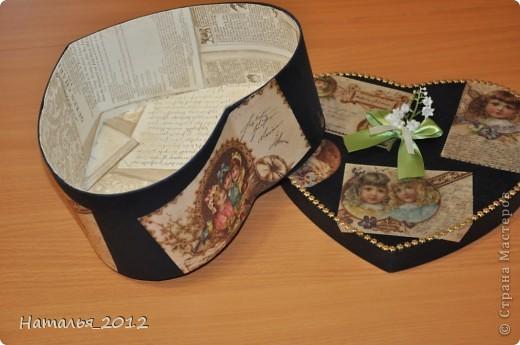 Шкатулка в подарок для племянницы. Была простая коробка из-под чайной пары, стала - шкатулка для заколочек. фото 7