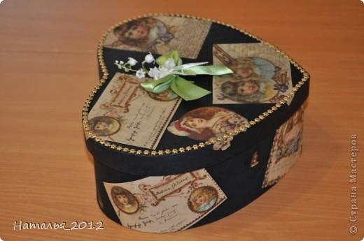 Шкатулка в подарок для племянницы. Была простая коробка из-под чайной пары, стала - шкатулка для заколочек. фото 2