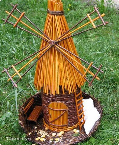 Такая мельница появилась сегодня в моем дворе. фото 1
