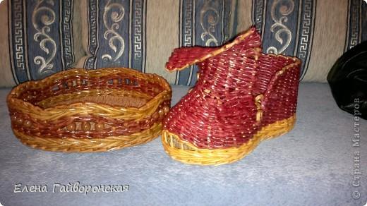 Это заказы:две хлебницы и кашпо-башмак. фото 4