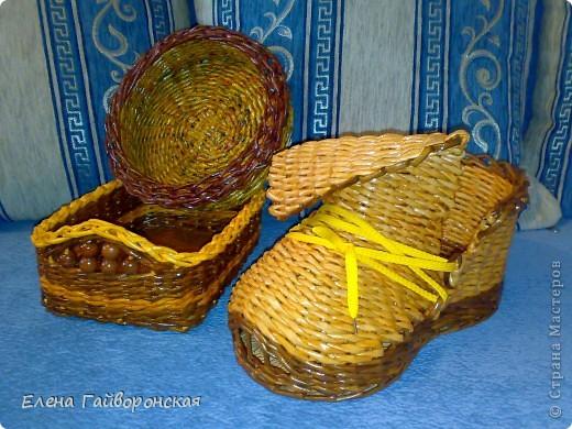 Это заказы:две хлебницы и кашпо-башмак. фото 1