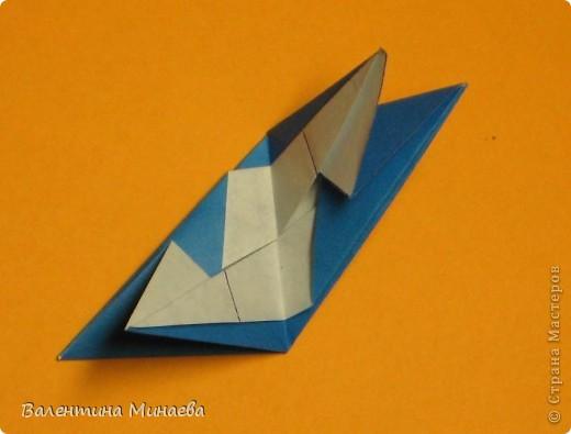 Сегодня МК кусудамы Нептун. Спасибо Юнии за название  этого сонобика.  Нептун (Neptune) автор: Валентина Минаева (Valentina Minayeva) для бумаги с двусторонним эффектом, на тройной сетке 30 модулей 10,0 х 10,0, диаметр - 10,5 см без клея Добавила ссылку на видеосборку модуля кусудамы Нептун: http://www.youtube.com/watch?v=y_MTnvNE-ek&feature=youtu.be  фото 20