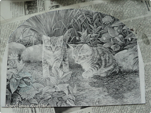 Дорогие мастера и мастерицы, хочу показать вам новые работы и эксперименты.  Это панно с котятами выполнено из не цветной распечатки на салфетке (белом слое). Разные распечатки я предлагала в обменнике. А сейчас хочу показать, что у меня получилось. фото 2