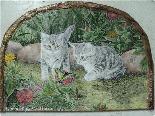 Дорогие мастера и мастерицы, хочу показать вам новые работы и эксперименты.  Это панно с котятами выполнено из не цветной распечатки на салфетке (белом слое). Разные распечатки я предлагала в обменнике. А сейчас хочу показать, что у меня получилось. фото 1