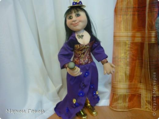 """кукла : актриса, певица, """"шо-вумен"""" фото 1"""