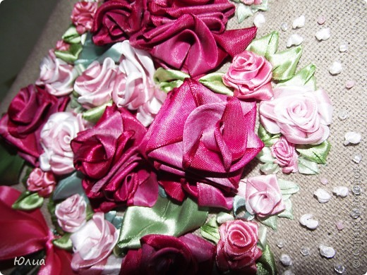 Добрый день, дорогие мастерицы!!!!!!! Продолжаю вышивать лентами!  Вот такой букетик получился. Похож на букетик для невесты! фото 7