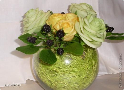 Розы с ежевикой. фото 1