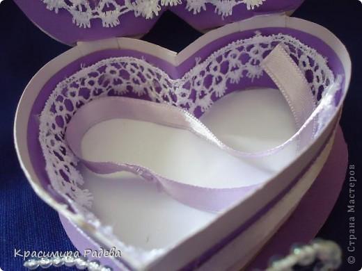 Здравейте на всички в Страната на Майсторите!!! Утре сме поканени на сватба - и ето каква кутийка изработих- в нея ще поставим банкнотите за младоженците. Така е по- красиво и изискано.  фото 6