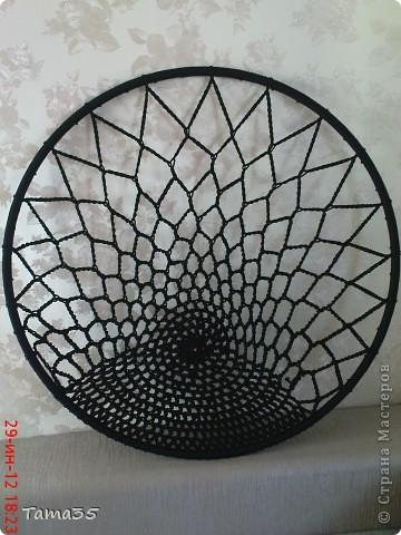 На кресло ушло 400 метров полиэфирного шнура 4,5 мм толщиной. фото 7