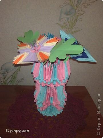 Просто вазочка с цветами. фото 1