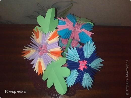 Просто вазочка с цветами. фото 2