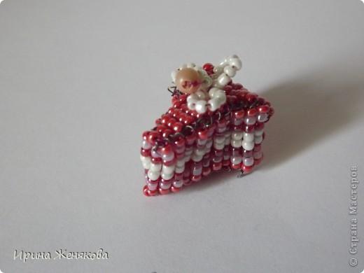 Тортик,такой нежный,с прослойкой и джемом))))) фото 1