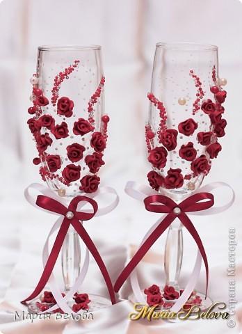 Невеста выбрала бордовый цвет под зал где будут отмечать свое торжество  фото 2