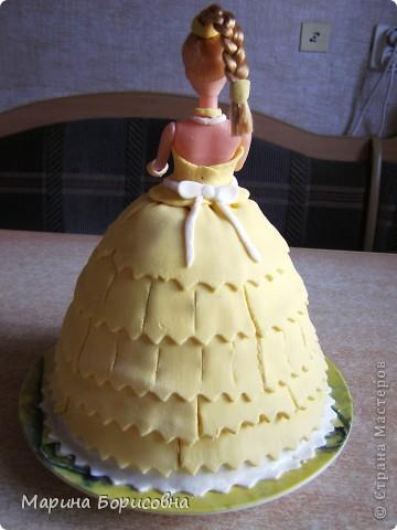 Решили с дочкой попробовать свои силы в изготовлении такого тортика.... Судить вам......    фото 12