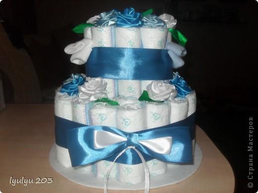Это мой первый и пока единственный тортик (надеюсь, не последний!). Делала в подарок друзьм для их двухмесячного малыша.  фото 1