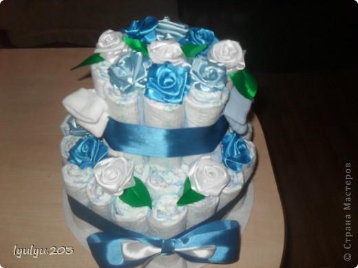 Это мой первый и пока единственный тортик (надеюсь, не последний!). Делала в подарок друзьм для их двухмесячного малыша.  фото 2
