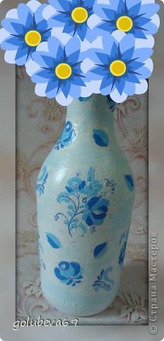 Вазочка декорирована макаронными изделиями, цветочками из пластики и бусинками. фото 6