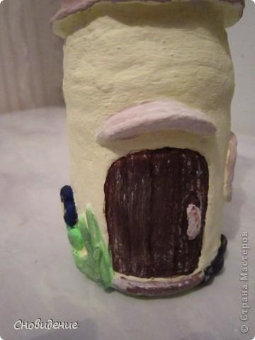 Творила, творила и натворила))  вот такой сказочный домик получился у меня в подарок коллеге и просто очень замечательному человеку) Лесной домик, изначальная задумка была что это грибок, но как то не очень на него походит)    фото 4