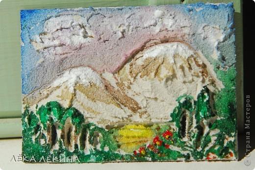 """Первая мини-серия """"Облака"""". Я все продолжаю экспериментировать с текстурными пастами. Я от них просто в восторге! Хочется творить и творить...покажу последнюю серию АТС ...Основа картон,текстурная паста с песком,  акварель, акрил фото 5"""