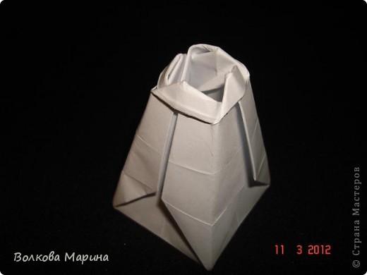 Наконец-то решила показать свои работы по оригами. Делала их давно. Люблю складывать из бумаги. Для меня это своеобразные головоломки. А всякого рода головоломки я очень люблю. За это время набралась вот такая коллекция. фото 9