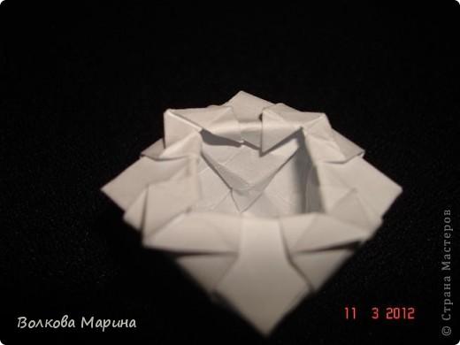 Наконец-то решила показать свои работы по оригами. Делала их давно. Люблю складывать из бумаги. Для меня это своеобразные головоломки. А всякого рода головоломки я очень люблю. За это время набралась вот такая коллекция. фото 11