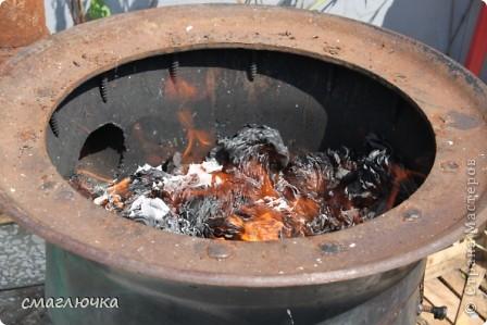 Муж смастерил печь. Из диска от колеса КАмаза. И в поиске плова на открытом огне попала в блог cook.mihalko , где всё было расписано от и до.... кроме плова, много интересных и лёгких блюд - http://stranamasterov.ru/node/377618?c=favorite. cook.mihalko ,спасибо огромное за рецепт! Ну а теперь немного о нашей печки - по фотографиям,я думаю, поймёте как её изготовить.... фото 5