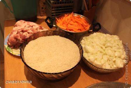 Муж смастерил печь. Из диска от колеса КАмаза. И в поиске плова на открытом огне попала в блог cook.mihalko , где всё было расписано от и до.... кроме плова, много интересных и лёгких блюд - http://stranamasterov.ru/node/377618?c=favorite. cook.mihalko ,спасибо огромное за рецепт! Ну а теперь немного о нашей печки - по фотографиям,я думаю, поймёте как её изготовить.... фото 6