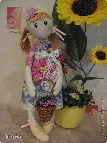 Здравствуйте, мои дорогие жители Страны Мастеров!!!!!!!!! Сегодня я к вам совсем не с топиарием, а с новой куколкой. Это девочка-Леночка по мотивам Вулкотт, за выкройку и МК огромное спасибо Наташе http://stranamasterov.ru/user/128221!!! фото 2