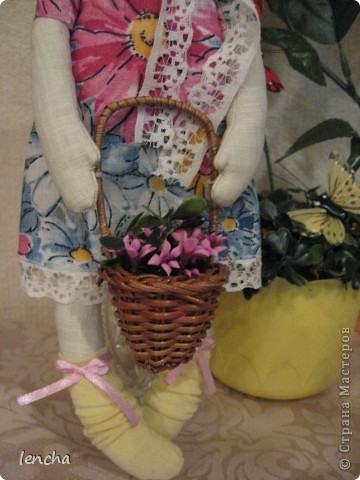 Здравствуйте, мои дорогие жители Страны Мастеров!!!!!!!!! Сегодня я к вам совсем не с топиарием, а с новой куколкой. Это девочка-Леночка по мотивам Вулкотт, за выкройку и МК огромное спасибо Наташе http://stranamasterov.ru/user/128221!!! фото 5