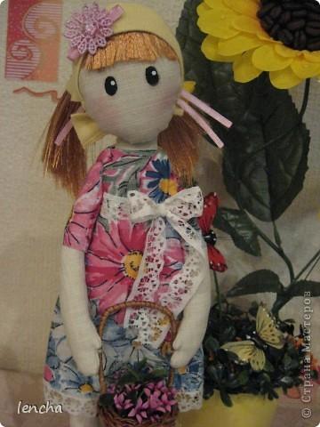 Здравствуйте, мои дорогие жители Страны Мастеров!!!!!!!!! Сегодня я к вам совсем не с топиарием, а с новой куколкой. Это девочка-Леночка по мотивам Вулкотт, за выкройку и МК огромное спасибо Наташе http://stranamasterov.ru/user/128221!!! фото 6