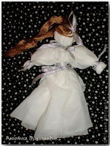 Смастерила куколку без иголки. Использовала МК : http://stranamasterov.ru/node/381983 фото 1
