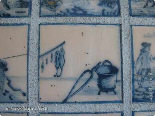 Имитация керамической плитки на деревянной поверхности. фото 6