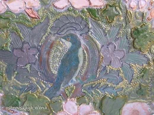 Имитация керамической плитки на деревянной поверхности. фото 10
