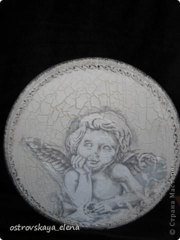 Имитация керамической плитки на деревянной поверхности. фото 14