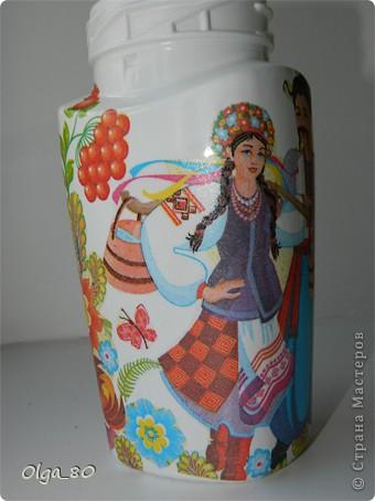 Первый раз делала на заказ банку. Предложила в украинском стиле, потому что уже работала с этой салфеткой. Как оказалось для заказчицы это очень актуально. Надеюсь ей понравится фото 7
