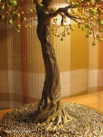 Деревце из бусин фото 3