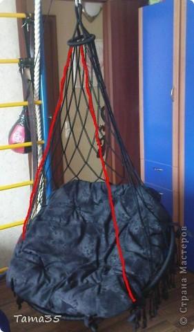 Здесь первая часть ( http://stranamasterov.ru/node/384896). Нарезаем шпагат на 22 отрезка все по 8 метров. по центру каждого завязываем временный узелок. фото 12
