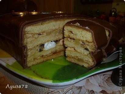 Этот тортик делался в день рождения папули. Долго размышляла в виде чего бы тортик ему сделать, да и самой хотелось попробовать что-то новенькое , в виде чего я не делала. И вот я решила подарить ему чемодан денег. фото 4