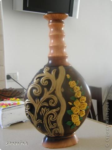 пока трехмесячная доча сладко сопит в кроватки, получилась вот такая декоративная вазочка. лепка из ХФ, окрашен масляной краской. фото 2